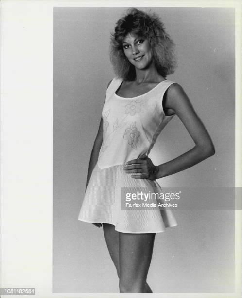 Page 3 girl Cheryl October 11 1985