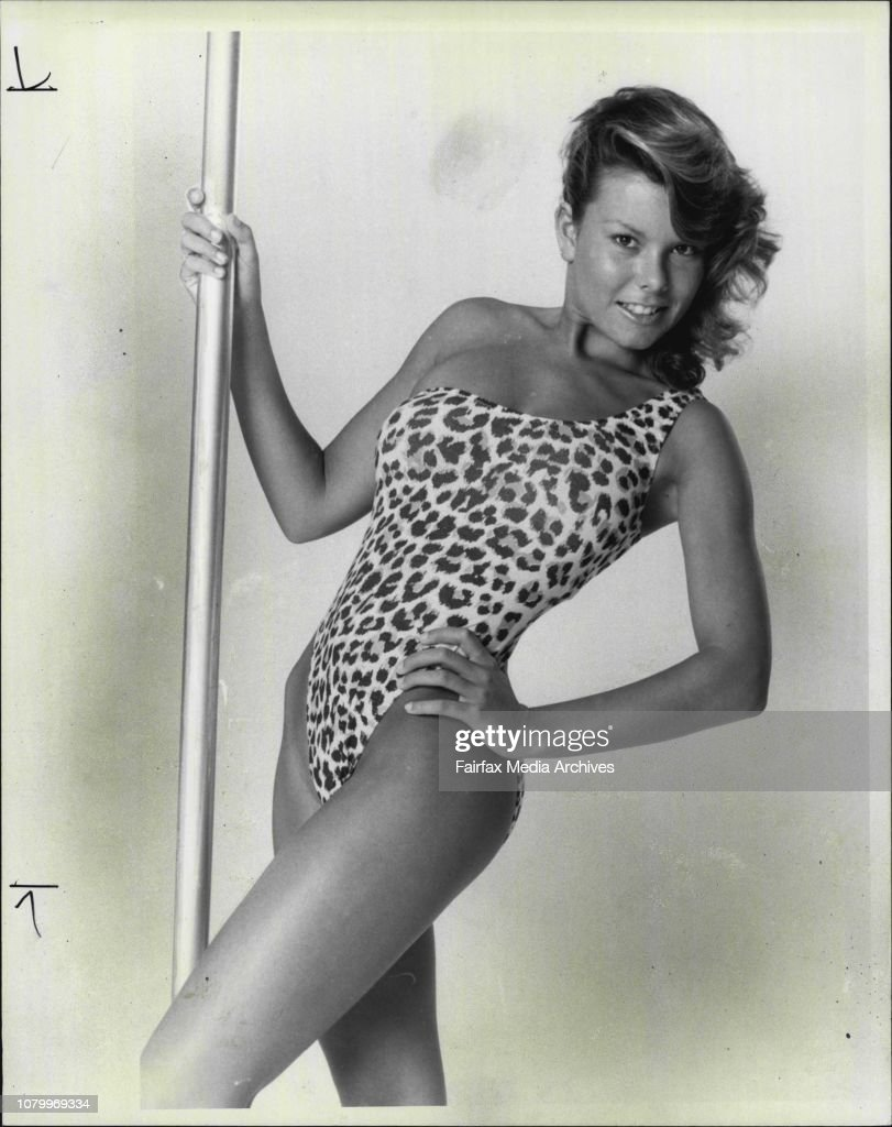 Page 3 Girl - Vicki.Look GRRReat in this off-the-shoulder leopard print cossie from Summertime.You'll be a picture of purr-fection! And a picture of elegance, too.It's comes in cotton jersey to make you comfy and content. Vicki sure likes it!.It costs $46 : News Photo