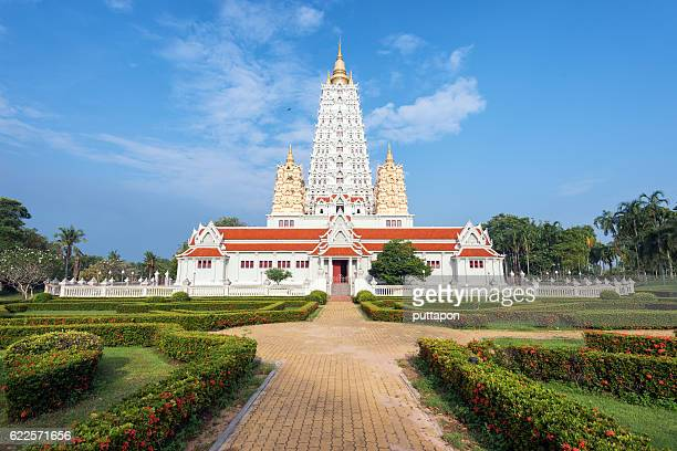 pagoda in wat yannasang wararam buddhist temple - wat stock pictures, royalty-free photos & images