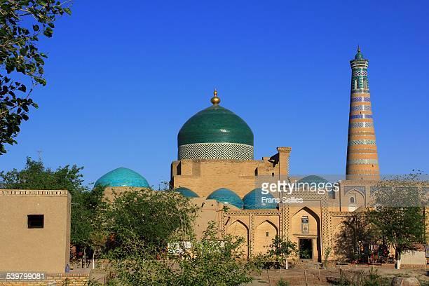 pahlavon mausoleum and islam-khoja complex - frans sellies stockfoto's en -beelden