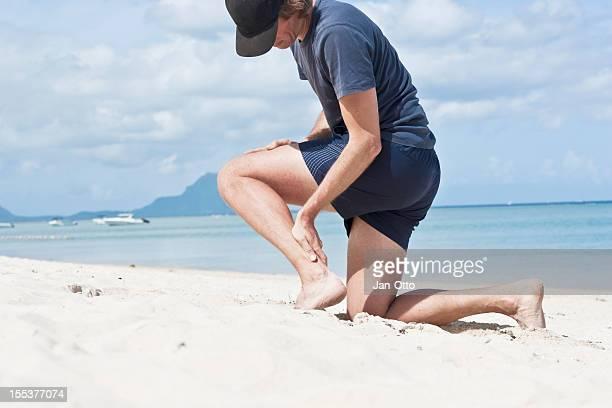 pain in achilles-tendon - achilles tendon stock pictures, royalty-free photos & images