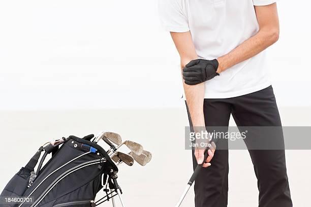 Ellenbogen Schmerzen in einen Golfspieler