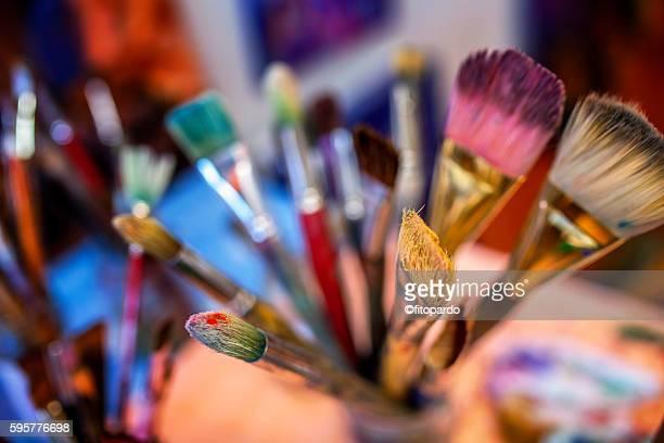 Paintbrush, paintor paintbrushes