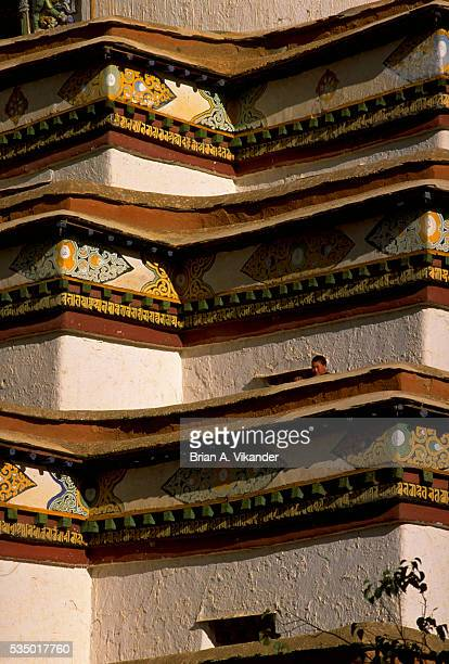 painted bands around palkhor chode temple, tibet - chode images stock photos and pictures