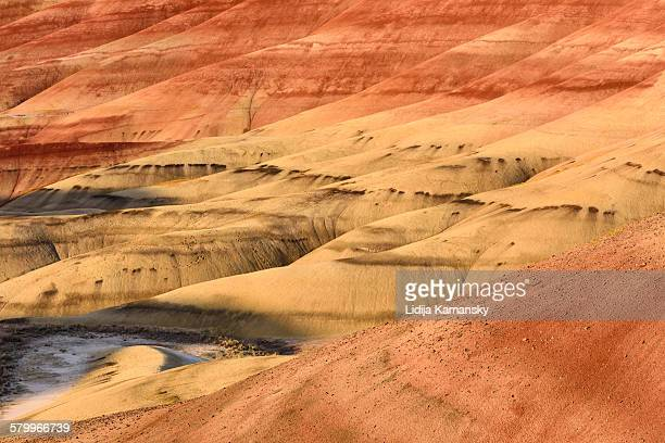 painted hills patterns - fossil site stock pictures, royalty-free photos & images