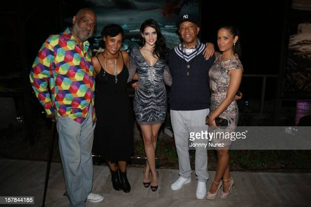 Painter Danny Simmons art advisor Leah Happi Hamilton model Hana Nitsche Russell Simmons and TV personality Rocsi Diaz attend The 66th Parallel the...