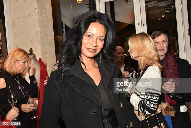 Painter Jezel Art attends the 'Accords Croises' Anne Mondy Exhibition Preview at Galerie Dedar on December 7 2015 in Paris France