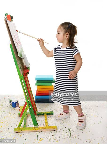 Fille de peinture