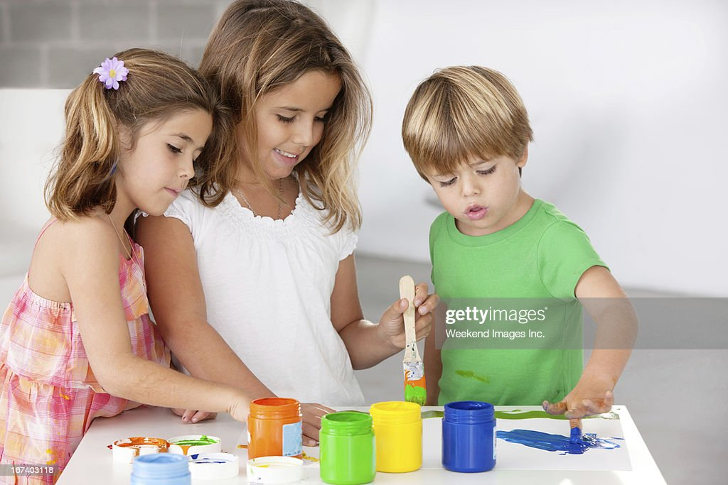 Painting kids : Stockfoto