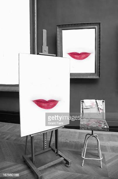 painting of red lips on an easel - pintura equipo de arte y artesanía fotografías e imágenes de stock