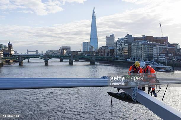 Gemälde der Millennium Brücke in London