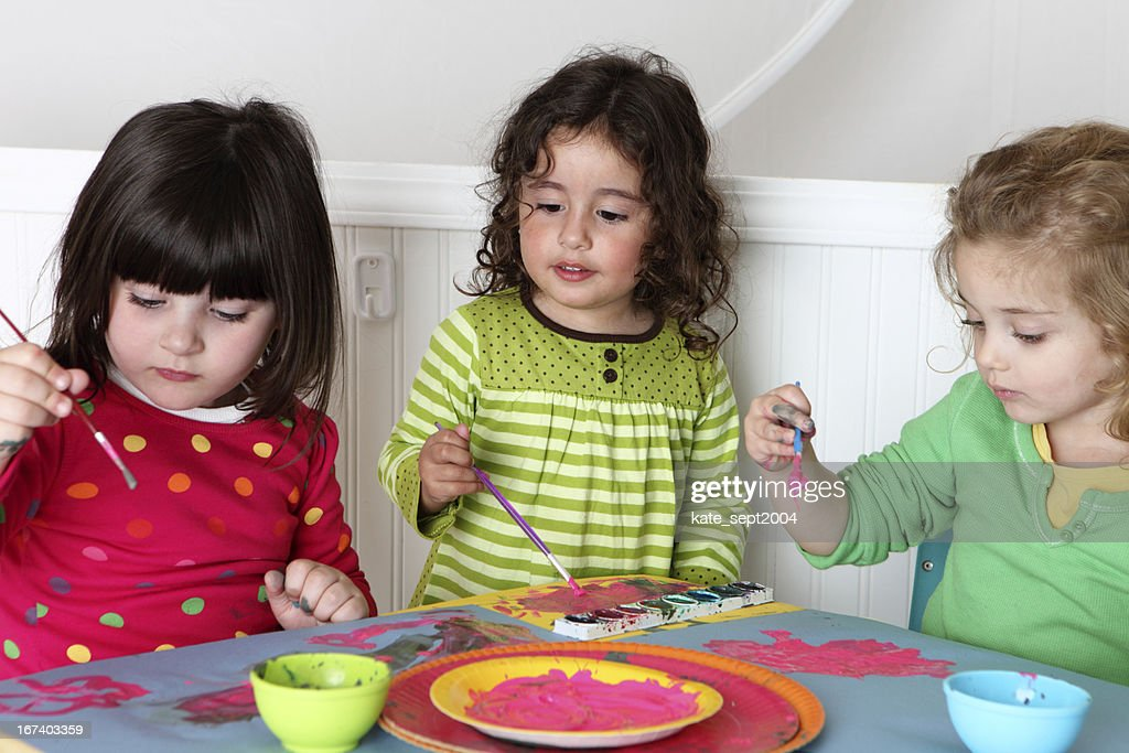 Painting toddlers : Stock Photo