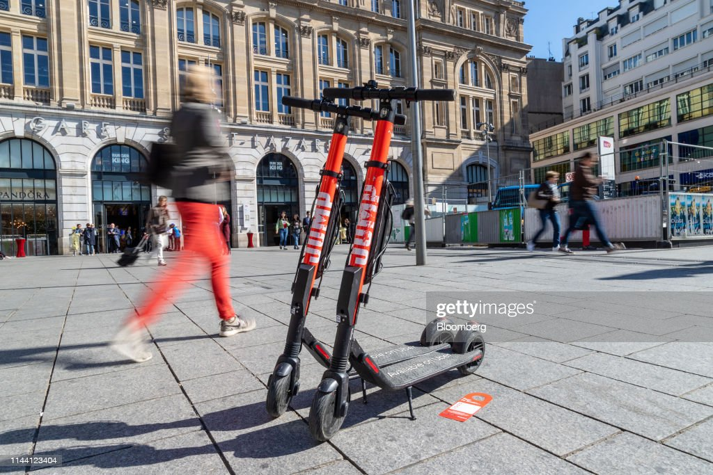 FRA: Shareable Public Mobility Scooters And Bikes In The French Capital