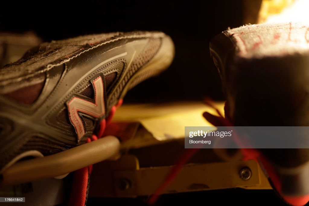 hot-selling genuine uk store release date: A pair of uppers for New Balance Athletic Shoe Inc. trainers ...