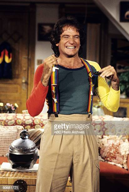 MORK MINDY Pajama Game II Season Four 1/7/82 Mork explained the facts of life to Mearth