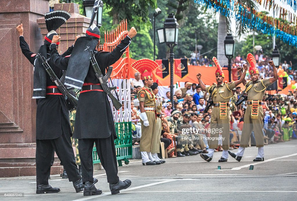 Pakistan and Indian Soldiers Showing `Intimidating` Gesture @ Wagah Border Ceremony, August 2015