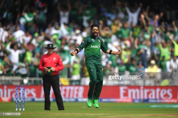 Pakistan bowler Imad Wasim celebrates after dismissing Afganistan batsman Rahmat Shah during the Group Stage match of the ICC Cricket World Cup 2019...