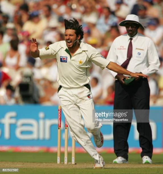 Pakistan bowler Shahid Afridi celebrates a wicket during the 2nd Test match between England and Pakistan at Old Trafford Manchester 28th July 2006...