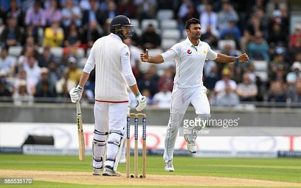Pakistan bowler Sohail Khan celebrates after dismissing James Vince during day one of the 3rd Investec Test Match between England and Pakistan at...