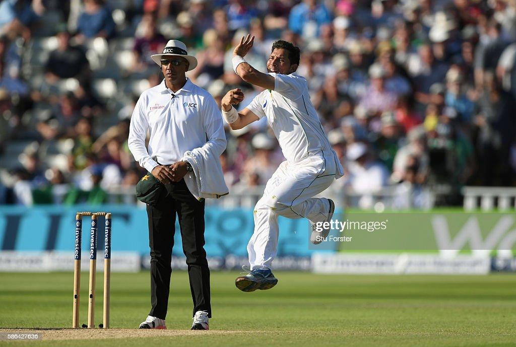England v Pakistan: 3rd Investec Test - Day Four : News Photo