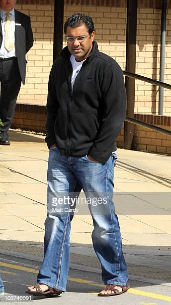 Pakistan coach Waqar Younis leaves the Holiday Inn and speaks with the waiting media on August 31 2010 in Taunton England The Pakistan Cricket team...