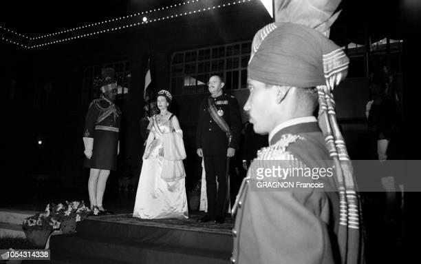 Pakistan février 1961 Tournée de la reine ELIZABETH II d'Angleterre au Pakistan pays membre du Commonwealth du 1er au 16 février 1961 Ici la reine...