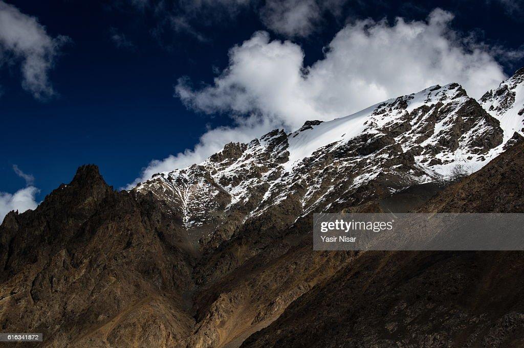 Pakistan - Karakoram Highway and Mountains : Stock Photo