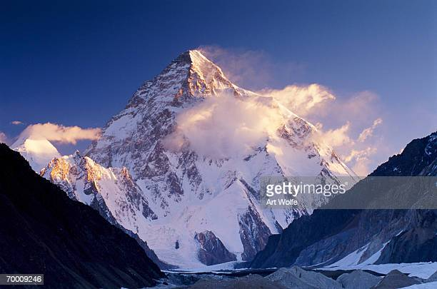 Pakistan, Karakorum range, Concordia and K2 covered in snow