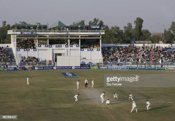 Pakistan put pressure on the England team by placing plenty of close-in fielders in the last session of play during The Fifth and final Day of the...