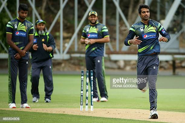 Pakistan rightarm fast bowler Ehsan Adi attends a team training session ahead of their 2015 Cricket World Cup match against South Africa at Eden Park...
