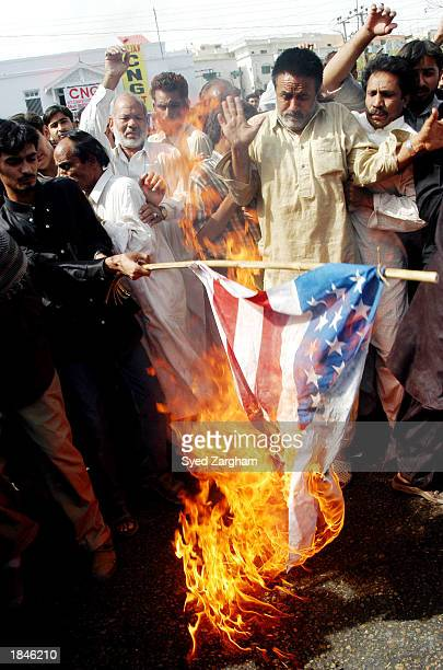 30 Top Us Pakistan Flag Pictures, Photos and Images - Getty