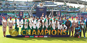 pakistan team with trophyduring icc champions