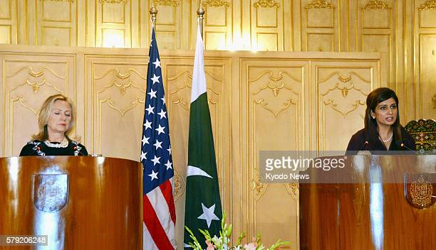 ISLAMABAD Pakistan US Secretary of State Hillary Clinton and Pakistani Foreign Minister Hina Rabbani Khar hold a joint press conference in Islamabad...