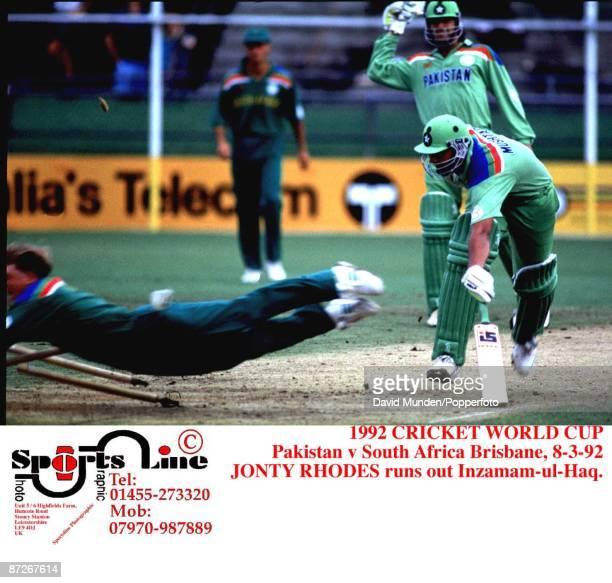 Pakistan v South Africa Brisbane 8392 JONTY RHODES runs out InzamamulHaq