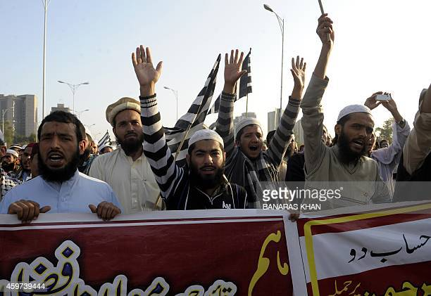 Pakistani activists from the Jamiat UlemaeIslam Fazl religious political party protest against the killing of party leader Khalid Mehmood Soomro in...