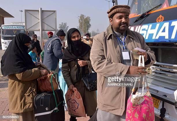 Pakistani Ahmadiyya Muslims arrive at The Integrated Check Post at The IndiaPakistan Wagah Border Post on December 20 2015 Thousands of Ahmadiyya...