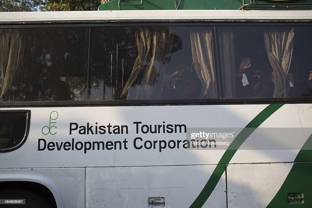 Pakistani bus crosses the IndiaPakistan border February 20 2014 in Punjab at Wagah India