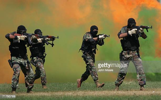 Pakistani Special Forces Stock Photos And Pictures