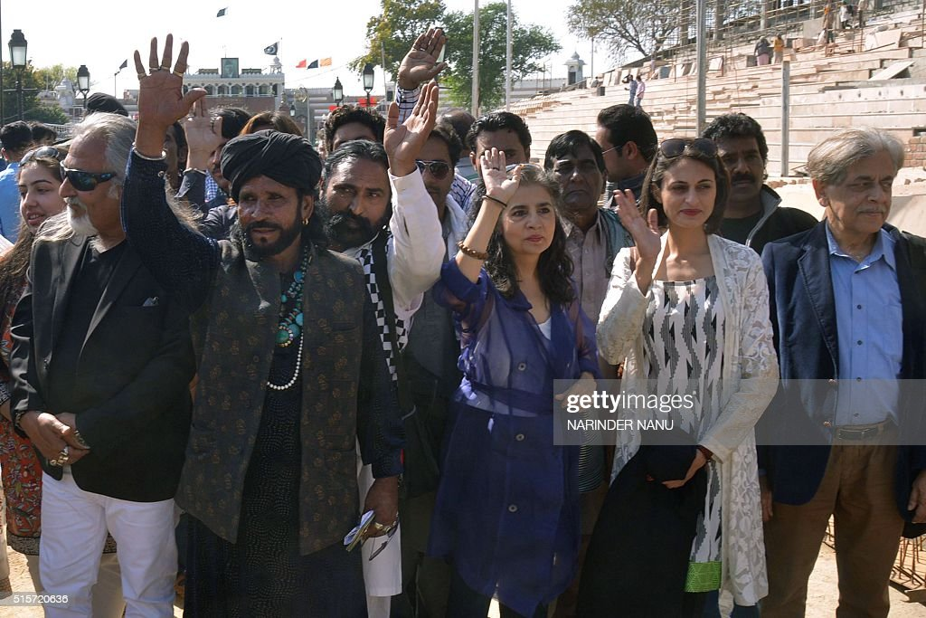 Pakistani film directors Sabiha Sumar Tanya Mirza Khalid Ahmad and Pakistani Sufi musician Sain Zahoor arrive at the IndiaPakistan Wagah Border on...