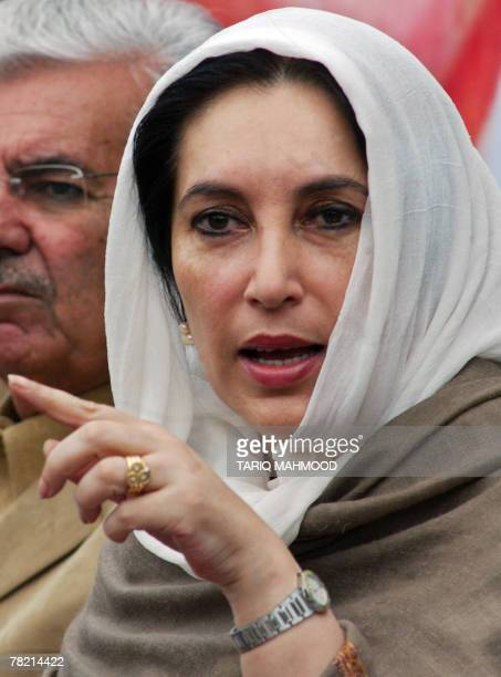 Pakistani former prime minister Benazir Bhutto gestures as she addresses a news conference in Peshawar 02 December 2007 Benazir Bhutto said an...