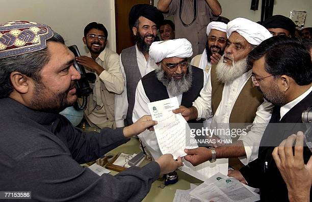 Pakistani members of the Baluchistan Provincial Assembly present their resignation letters to Speaker of the assembly Jamal Shah Kakar in Quetta 02...