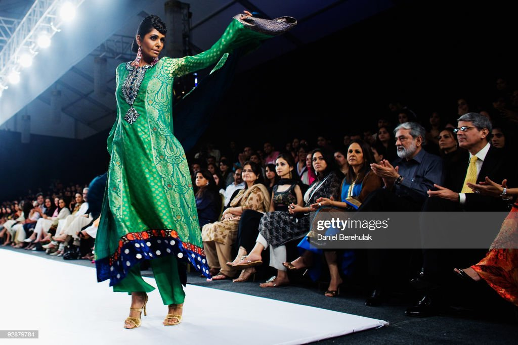 Pakistan's Elite Attend Fashion Pakistan Week : News Photo