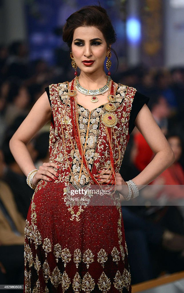 A Pakistani Model Presents A Creation By Designer Rani Emaan Khan On News Photo Getty Images