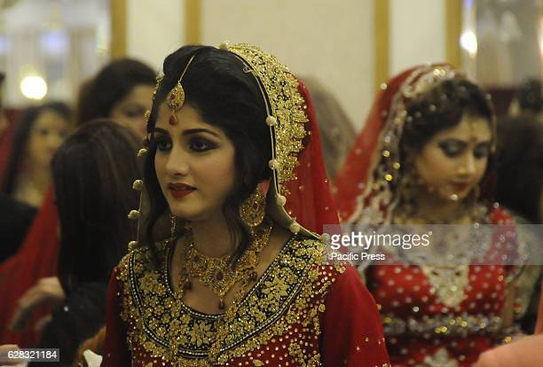 1 264 Pakistani Bride Photos And Premium High Res Pictures Getty Images