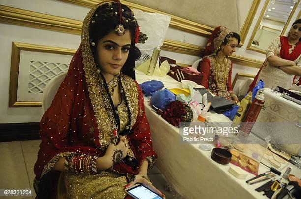 RAWALPINDI PAKISTAN RAWALPINDI PUNJAB PAKISTAN Pakistani models are getting ready for the bridal and mehndi competition organised by all Pakistan...
