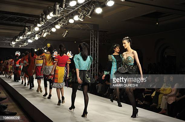 31 Pakistani Iqra Fashion Institute Photos And Premium High Res Pictures Getty Images