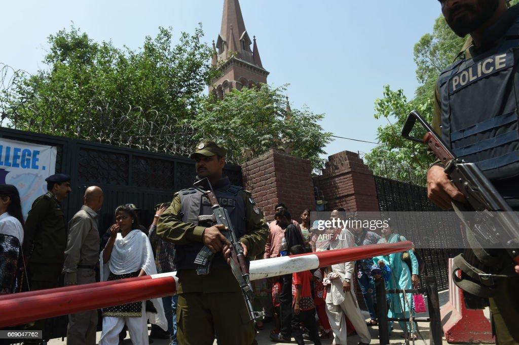PAKISTAN-RELIGION-CHRISTIANITY-EASTER : News Photo