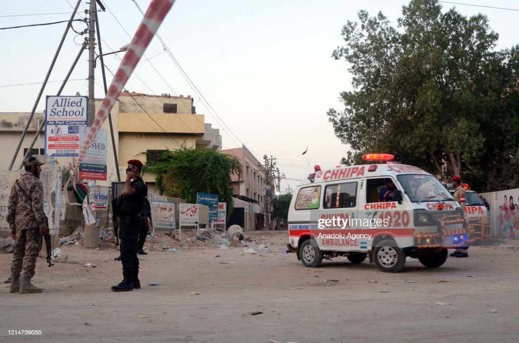 92 killed in Pakistan plane crash : News Photo