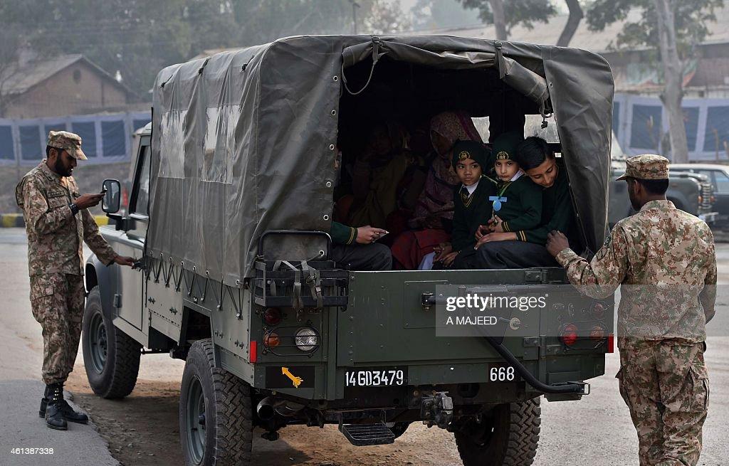 PAKISTAN-UNREST-SCHOOLS : News Photo