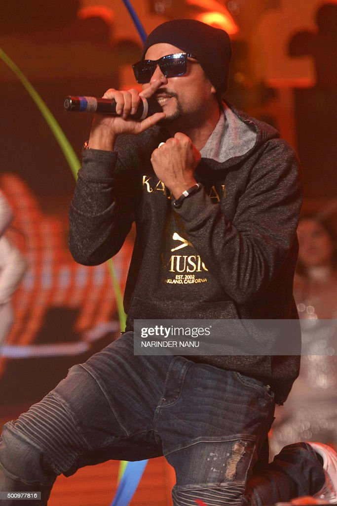 PakistaniAmerican rapper and musician Bohemia real name Roger David performs during the `Radio Mirchi Awards Punjabi` function in Amritsar on...